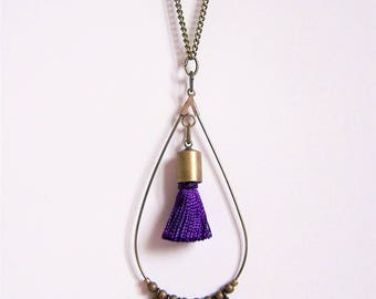 Drop necklace in brass and purple tassel