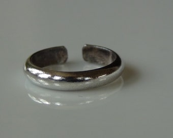 Simple Toe Ring Stamped 925 Sterling Silver Adjustable Stacking Knuckle Ring