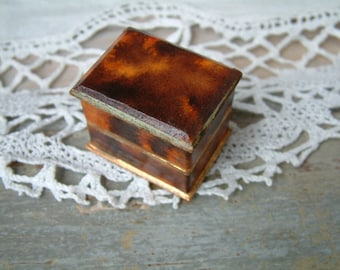 Antique french faux tortoise shell carton ring box. Antique french engagement ring box. Antique ring box.