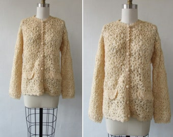 vintage sweater | 1950s sweater | vintage 1950s sweater | vintage cardigan | crochet sweater | floral sweater | large | Martha's Cardiganter