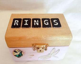 Cora ring box