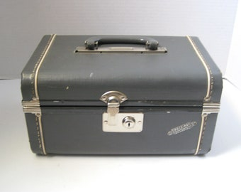 Vintage Space-Pac Gray Train Case Overnight Case Luggage Travel Storage