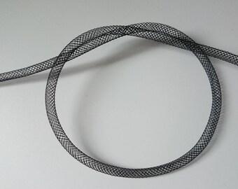 1 m of black FishNet tube 4 mm