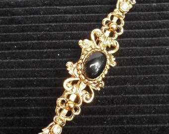 Goldtone Vintage Brooch Pin