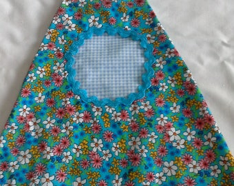 Blue ditzy floral print peg bag
