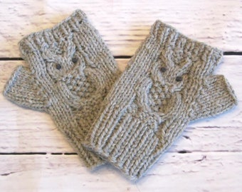 Grey Owl Fingerless Gloves, ladies gloves, wrist warmers, texting gloves, owl gloves, knitted gloves, wool fingerless gloves, grey gloves