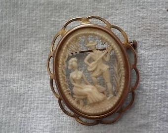 Vintage Celluloid Cut Out Man Woman Serenade  Brooch Pin -lovely