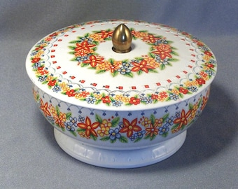 Pretty Round Tin Box // Candy // Confectionery // Gift Box // Trinket Box