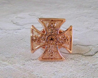 Maltese Cross with Bright Copper Finish and Star Concho Perfect for Ring