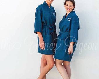 NAVY WAFFLE ROBES - Maid of Honor Robe - Dressing Gowns - Monogrammed Robes - Bridesmaid Robe Set - Bridesmaid Gifts - Wedding Robes