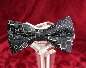 HandMade Bowtie- Upcycled Neckties- Adjustable Bowties- 100% silk Bowties