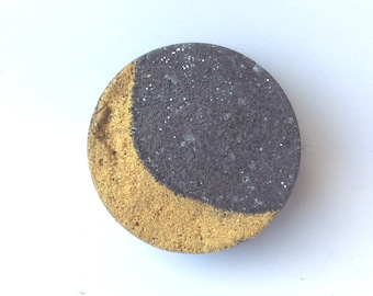 Moon Bath Bomb. Moon Phases. Crescent Moon. Twilight. Eclipse