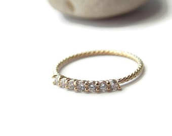 Clear cz gold ring, gold filled ring, cz crystal diamond ring, Clear crystal gold ring, dainty gold ring