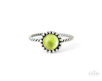 Black sterling silver olivine ring, silver statement ring with peridote, silver stacking black ring green stone