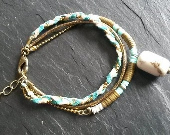 Bracelet ethniques-bohème fait main laiton-magnésite-hématite-pierres semi-précieuses-tressage cuir-suédine(BR1 Saharienne) beige-turquoise