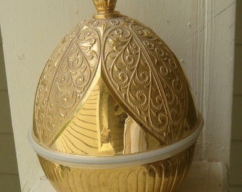Vintage Gold Dome Egg Shape Hallmark Lipstick Holder
