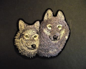 FREE SHIPPING: WOLF Pair Applique,Wolf Duo,Wolf Mother Baby Iron On,Sewing Notion,Clothing Patch,Sewing,Craft Supply,Wolf,Dog,Wolverine