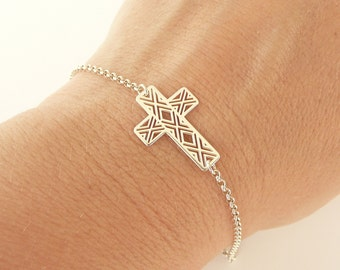 Cross Bracelet in Sterling Silver, Dainty Bracelet, 24K Gold Vermeil Bracelet, Thin Chain Bracelet, 925 Sterling Silver Jewelry