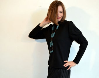 black sweater for women with hook