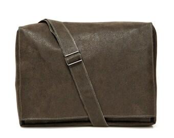Brown, Faux Leather, Padded, Messenger Bag, Vegan, Laptop Bag, Adjustable Straps - Mula in Pleather