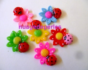 7 Ladybug on flower appliques cabochons