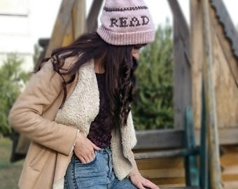 Bookworm gifts, Dusty pink book lover hat for her, Bookish items, Gifts for bookworms