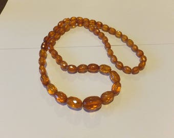 Wonderful antique faceted amber bead necklace in original condition