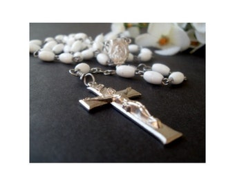 CATHOLIC ROSARY - Vintage White Prayer Beads