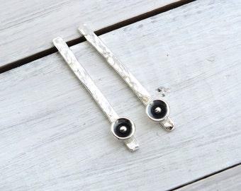Long Stud Earrings, Hammered Bar Stud Earrings, Modern Silver Bar Earrings, Minimalist Stud Earrings with Silver Disc