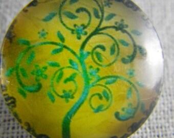 Bouton pression arbre vert fond jaune
