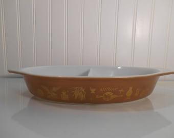 Pyrex Early American divided dish, Vintage Pyrex, Casserole dish, 1960's Pyrex, Retro dish, Vegetable Pyrex, Props, Staging
