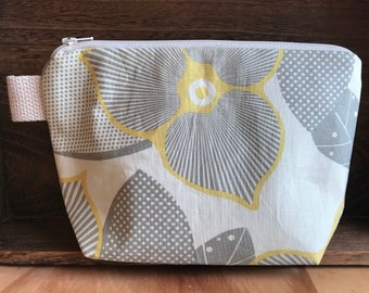 Zippered Cosmetic Bag in Optic Blossom mustard grey cream