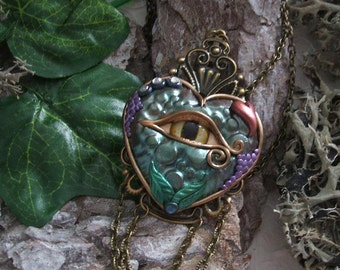 Necklace heart, Dragon's eye