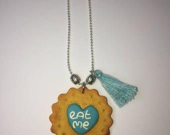 Necklace Biscuit Eat me alice in Wonderland