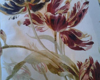 Laura Ashley: A Pair Of Professionally Made Curtains - Beautiful Botanical Tulip Pattern - Paprika Colourway - Linen Blend - Triple Pleated