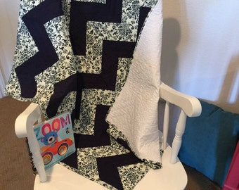 Navy Blue and White Baby Chevron Quilt