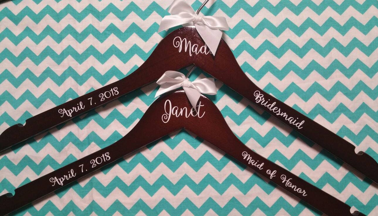Personalized Wood Hanger for Bride and Bridal Party Set of 5/Wood ...