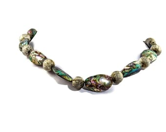 green shell necklace, green gem necklace, green shell jewelry, abalone shell necklace, abalone silver necklace, green choker,