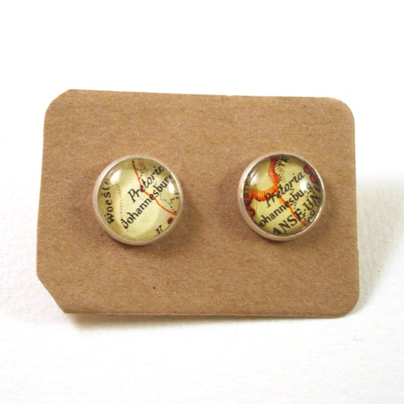 Personalized World map ear studs - Africa variations