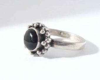 Vintage Sterling Silver Onyx Ring Size 8