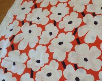 """Marimekko Mini Unikko fabric piece, fat quarter, 18"""" x 28,  Maija Isola white, peach, Finland, RARE color"""