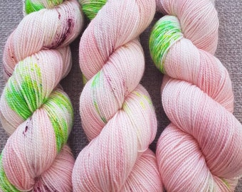 Toot Sweet /hand dyed 4ply yarn, 75/25 Superwash merino, nylon