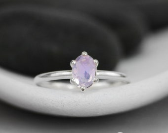 Purple Gemstone Engagement Ring - Lavender Moon Quartz Oval Solitaire Ring - Sterling Silver Oval Wedding Ring - Alternative Engagement Ring