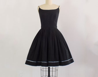 1950s Black Cotton Sundress | Small (36B/26W)