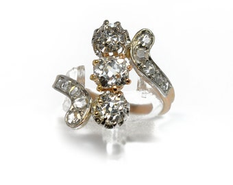"Ring ""You and me"" diamonds and 18K Yellow Gold"