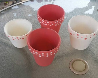 SALE Set of 4 Decorative Flower Pots. Coral and White.