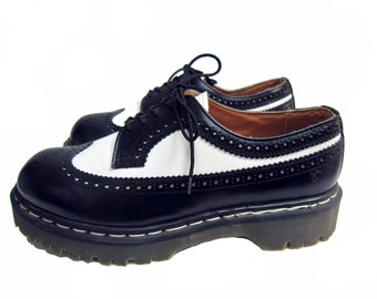 Vintage Dr Martens Shoes Mens Black and White Brogue Gibson Shoes From England Fits Mens US Size 10