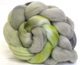 Merino Wool Hand Dyed Fine Combed Top Roving 21 Micron 100gms - FM66
