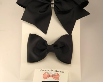 School hair clip set... Black