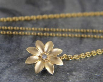 Gold Flower Necklace, Gold Flowe Choker, Daisy Necklace, Cubic Zirconia, Gift for Her, Dainty Flower, Delicate Necklace, Bridesmaid Gift